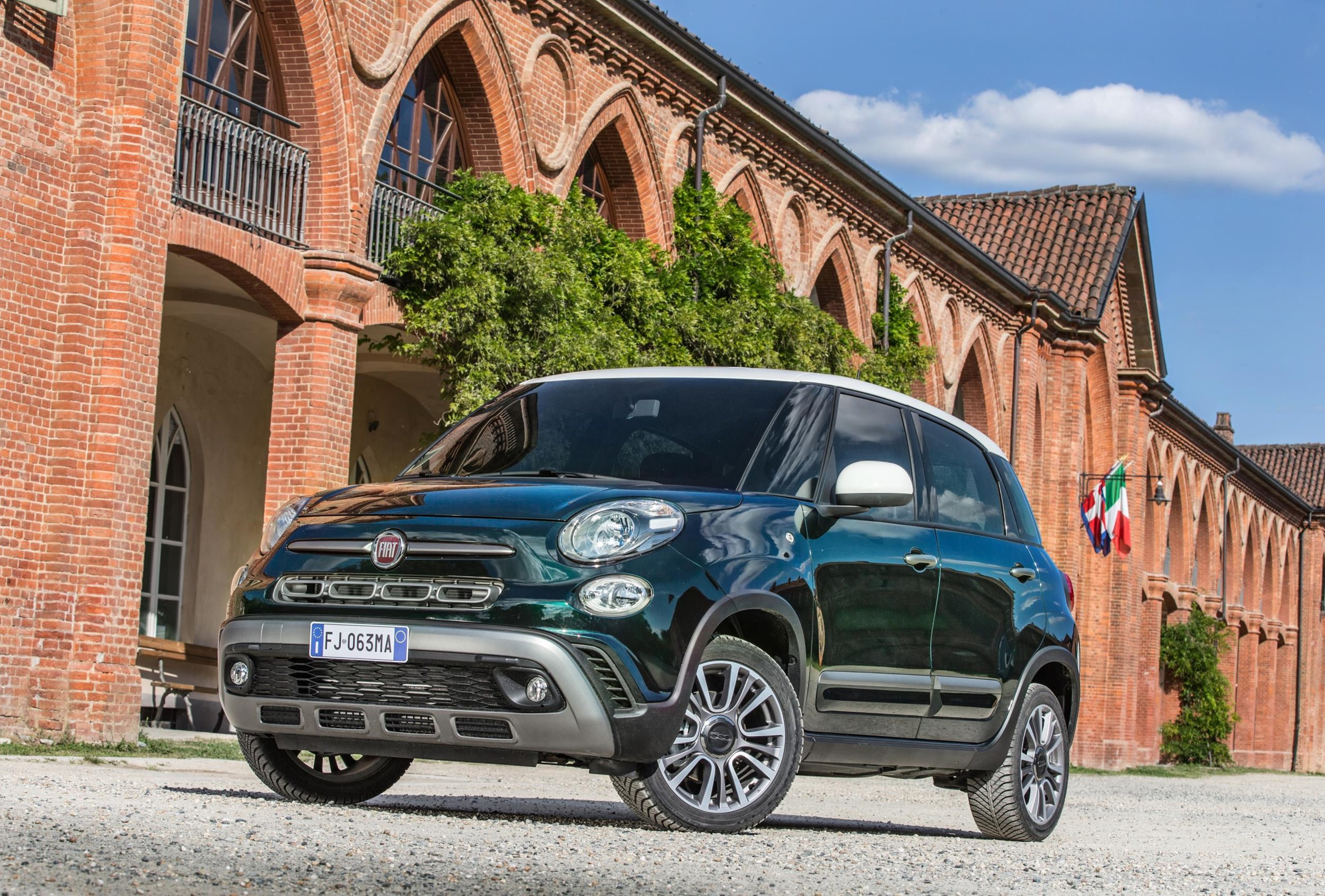 fiat to s vs express is mini good uk cute motoring surprisingly and fiats cheerful evening drive
