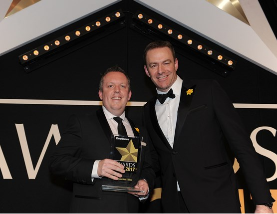 Mercedes-Benz Cars UK head of fleet Rob East (left) collects the award from LeasePlan managing director Matt Dyer