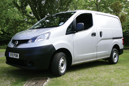on test nissan nv200 se van reviews. Black Bedroom Furniture Sets. Home Design Ideas