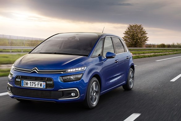 road test citroen grand c4 picasso blue hdi 120 feel. Black Bedroom Furniture Sets. Home Design Ideas