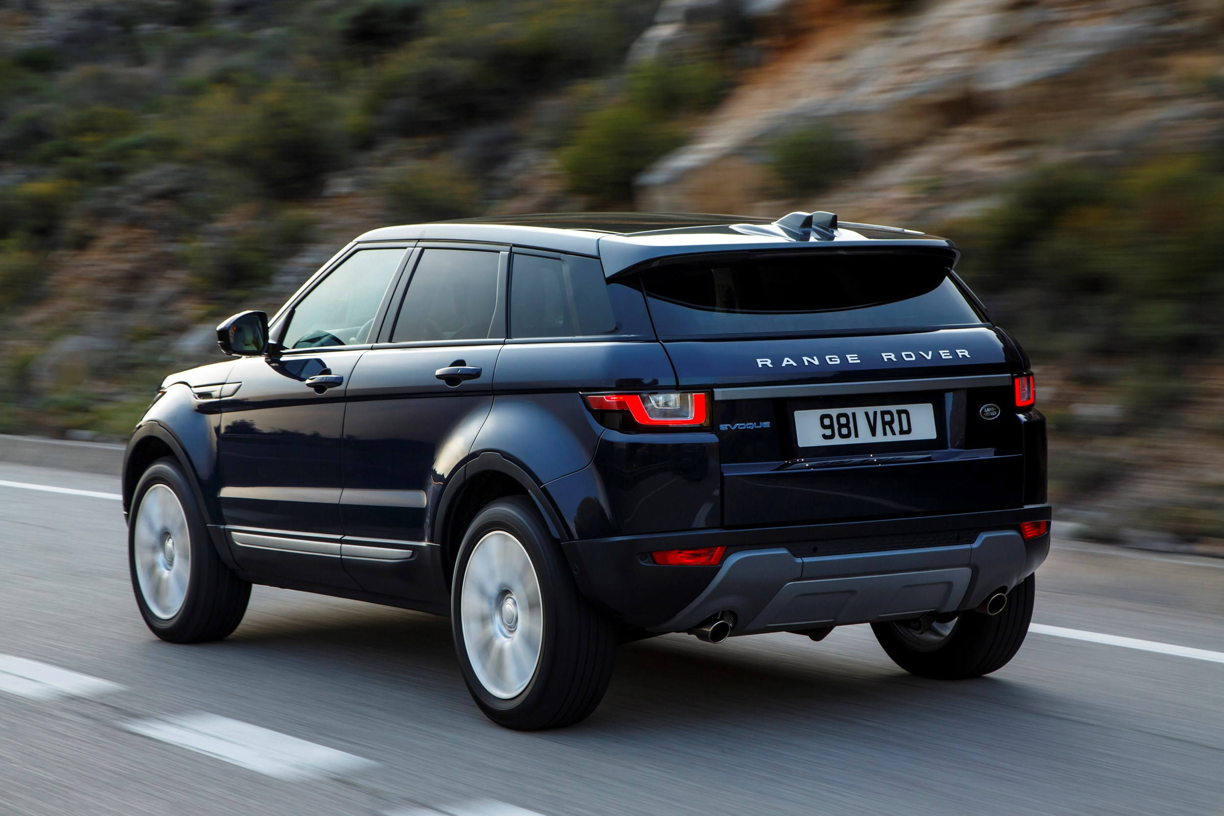 dfca154875d First drive  Range Rover Evoque 2.0 ED4 SE Tech car review