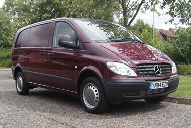 mercedes benz vito 109 cdi test fleet news fleet van van reviews. Black Bedroom Furniture Sets. Home Design Ideas