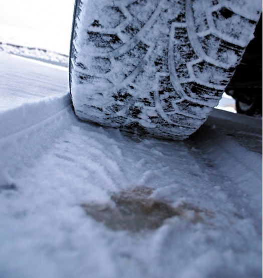 What are the pros and cons of winter tyres? | Safety and