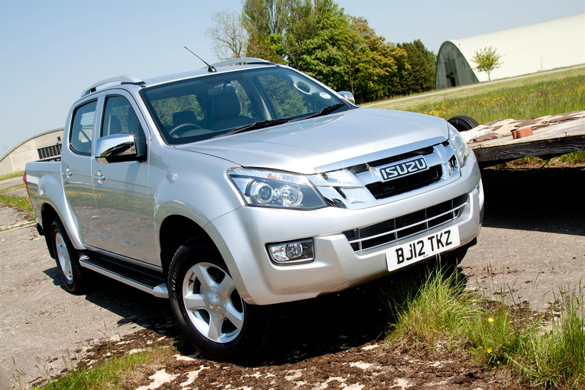 first drive isuzu d max fleet van van reviews. Black Bedroom Furniture Sets. Home Design Ideas