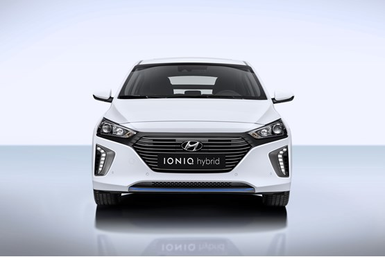hyundai ioniq electric vehicle range shown at geneva manufacturer news. Black Bedroom Furniture Sets. Home Design Ideas