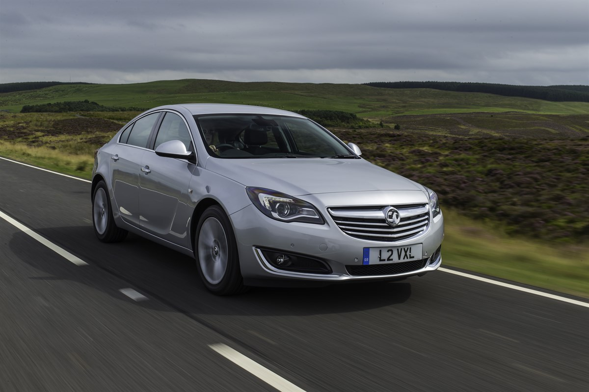 First Drive Review Vauxhall Insignia 2 0 Cdti 120 Tech Line Company Car Reviews