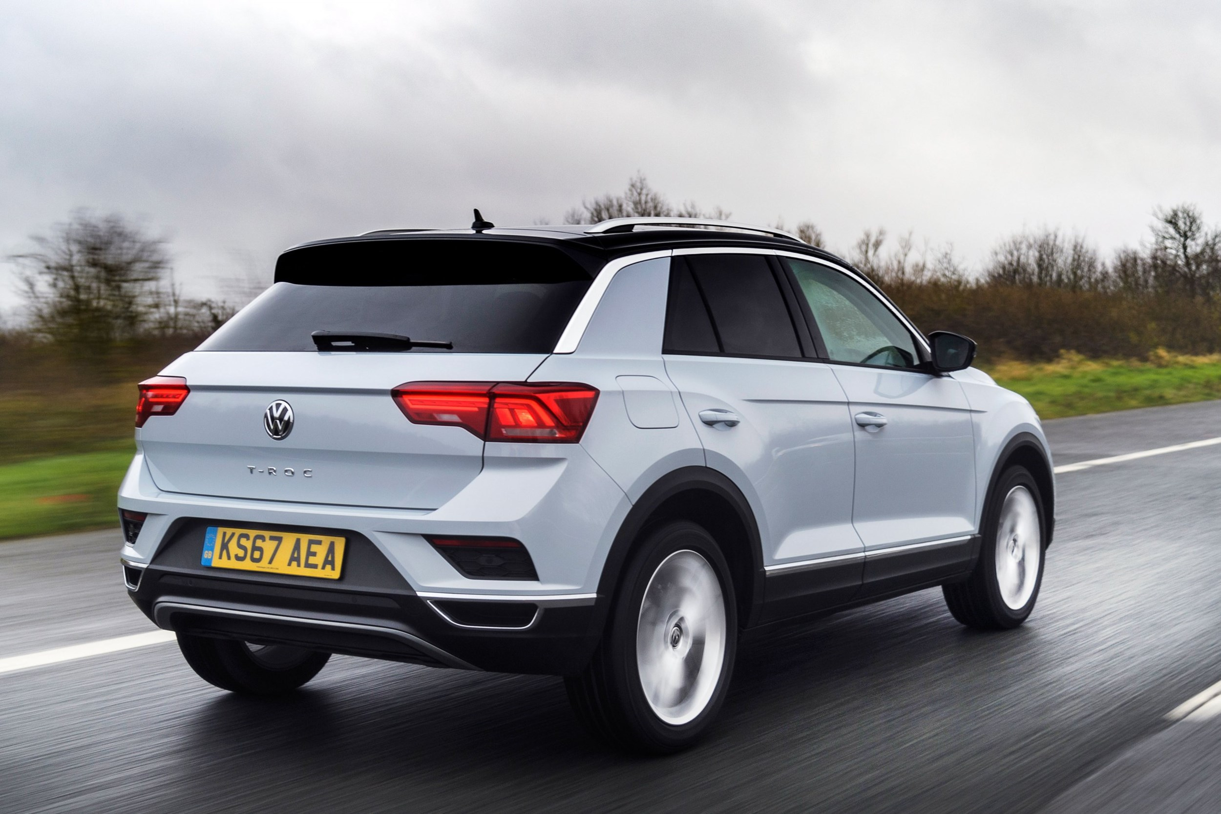 vw t roc 1 0 tsi is fun to drive and cheap to operate company car reviews. Black Bedroom Furniture Sets. Home Design Ideas