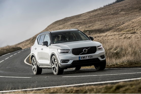 Volvo Expands Xc40 Range With New Petrol And Sel Engines