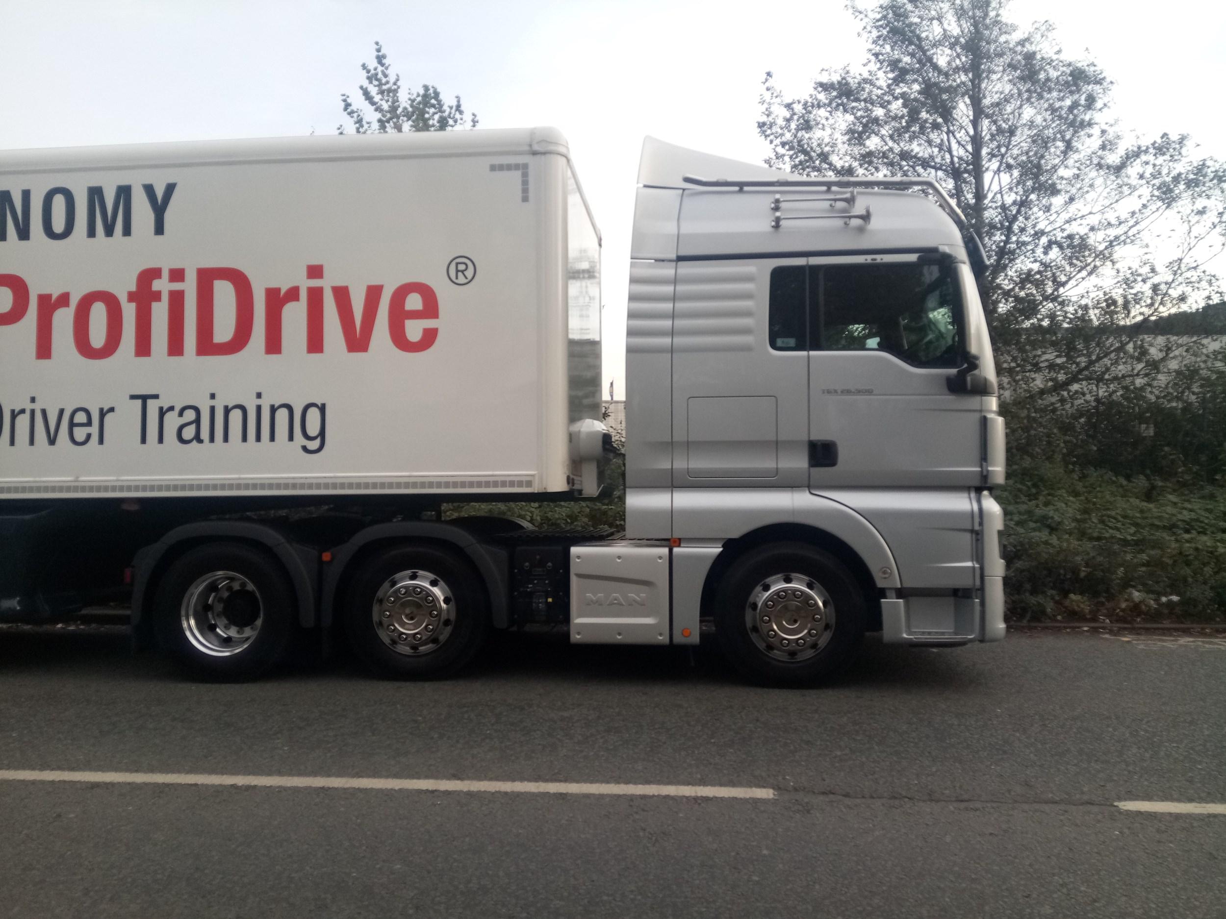 driven man tgx trucks rh commercialfleet org man tga user manual pdf man tga user manual pdf