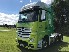 Hexagon Leasing announces partnership with Launceston Truck Service