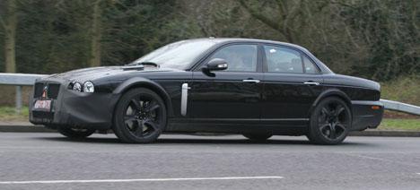 Jaguar XJ caught testing